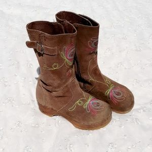 💟HP💟Girls Brown Suede Leather Boots w/Embroidery